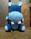 amigurumi hippopotame bleu au crochet