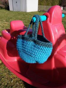 panier crochet anses croisées