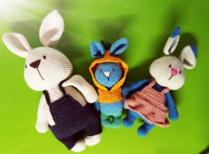 famille lapin crochetée